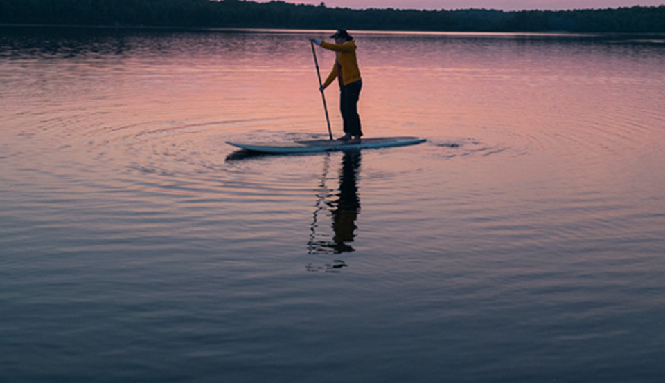 camping-vauvert-accueil-paddleboard